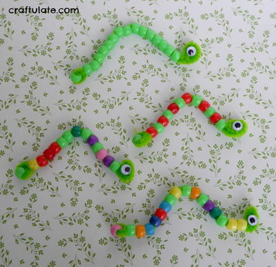 Cute Pipe Cleaner Inchworm Craft