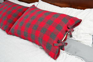 Rustic Pillow Case with Ties Tutorial