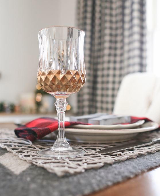 Gorgeous DIY Painted Wine Glasses