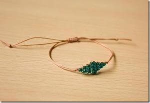 Delicate Beaded Hemp Bracelet Allfreejewelrymaking