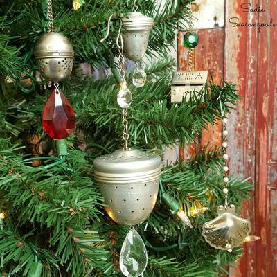 Elegant Upcycled DIY Christmas Ornaments
