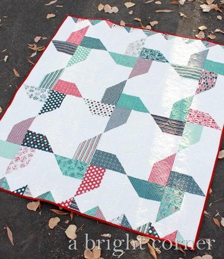 Jolly Pinwheel Quilt Pattern FaveQuilts.com