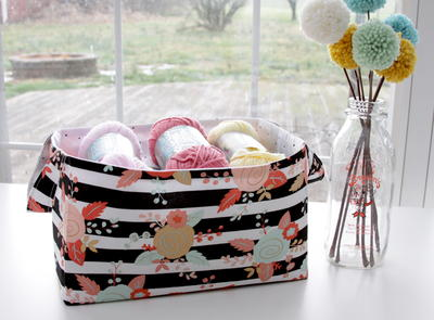 Simple 30 Minute Fabric Baskets