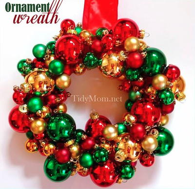 Christmassy Ball Ornament Wreath DIY