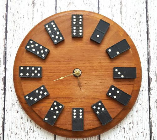 Domino Clock Design Idea