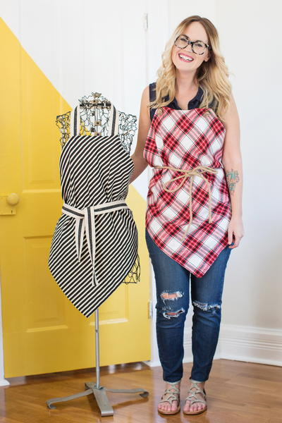 Easy Square Aprons Tutorial