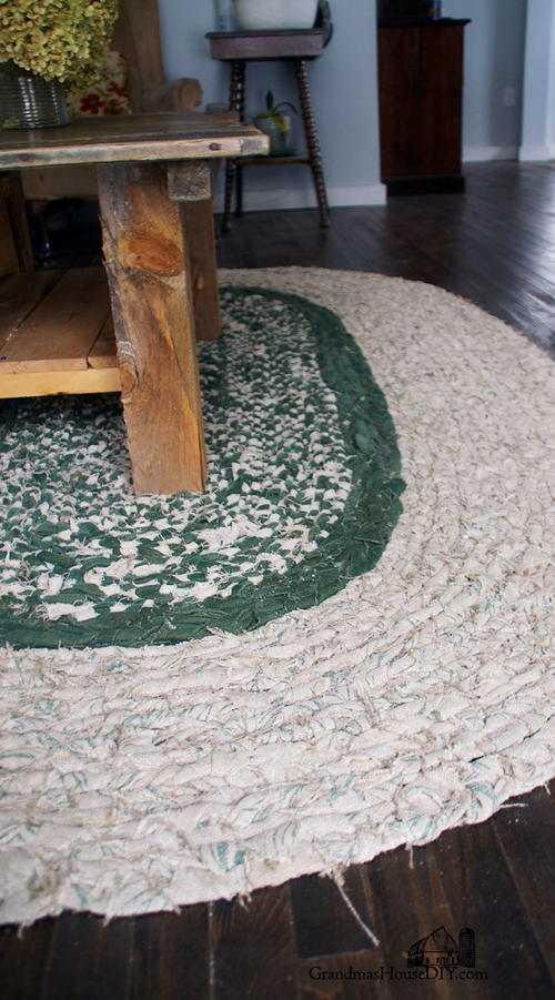 How to Braid a Large Rag Rug