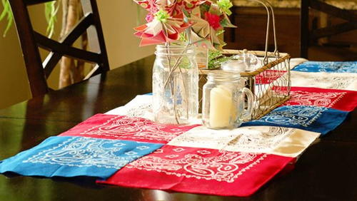 20 Minute Bandanna Table Runner