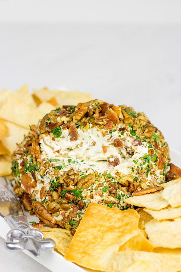 Bacon Cheddar Ranch Cheeseball