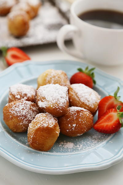 3-Ingredient Beignet Bites