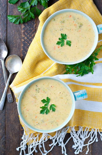 Slow Cooker Farmhouse Ham and Cheddar Soup