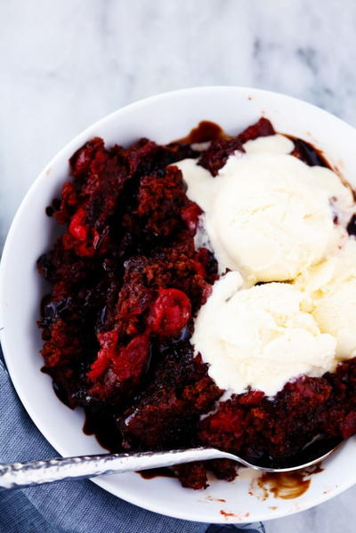 Slow Cooker Cherry Chocolate Hot Fudge Cake