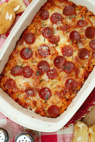 Moms Pepperoni Pasta Bake