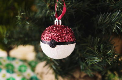 Glitter Pokeball DIY Ornament