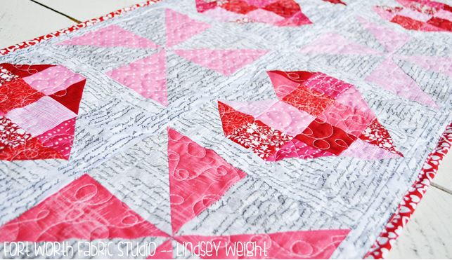 Love Notes Table Runner Pattern Favequilts Com