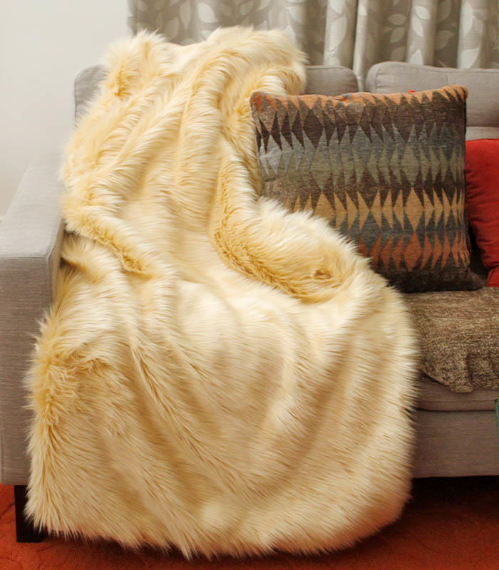 Sew A Faux Fur Throw Allfreesewing Com