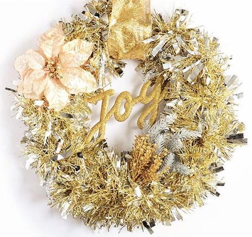 15-Minute Golden Tinsel Wreath