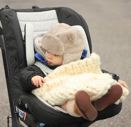 One Hour Knit Stroller Blanket