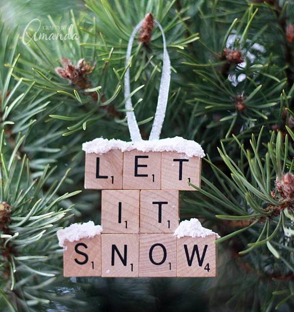 """""""Let it Snow"""" DIY Scrabble Tile Ornament"""