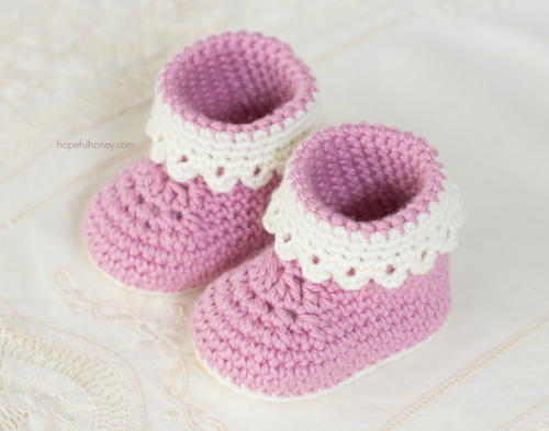 Pink Lady Baby Booties | AllFreeCrochet.com