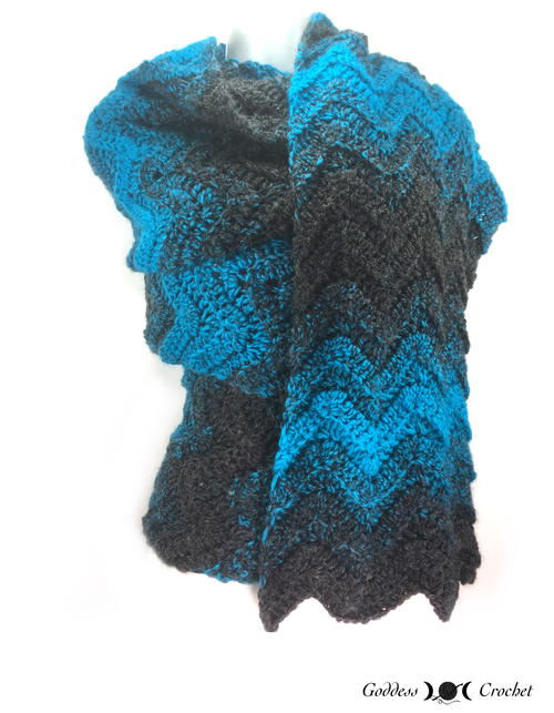 A Wavy Shade of Winter Super Scarf