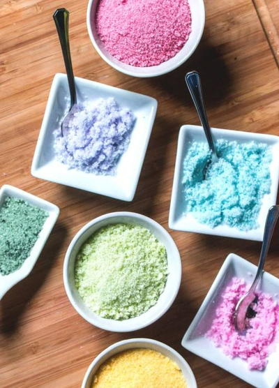 Natural Vibrant DIY Food Coloring | DIYIdeaCenter.com