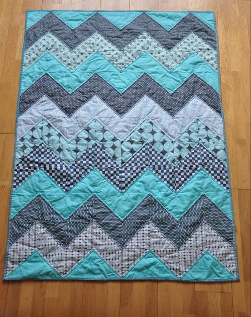 Baby Blue Chevron Quilt Tutorial