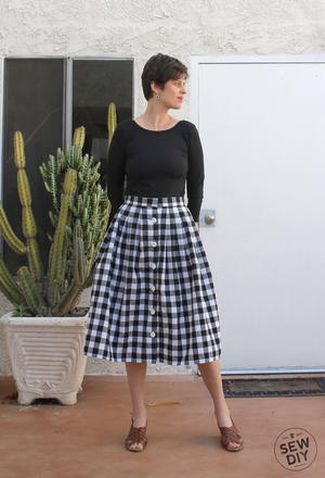2 Yard Pleated Skirt Tutorial