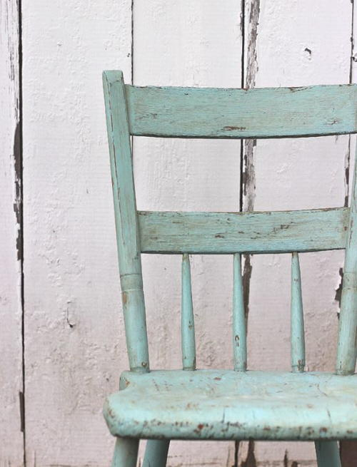 Antique DIY Pallet Chair