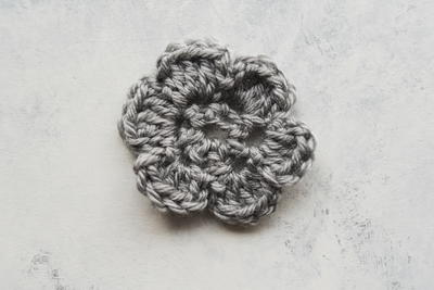 How to Crochet a Flower Video