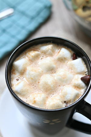 Slow Cooker Creamy Peanut Butter Hot Chocolate