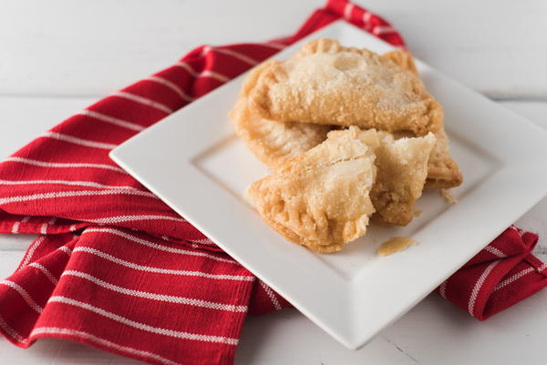 Easy Fried Apple Pies using Apple Pie Filling