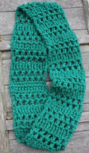 Quick Crochet Infinity Scarf AllFreeCrochet.com