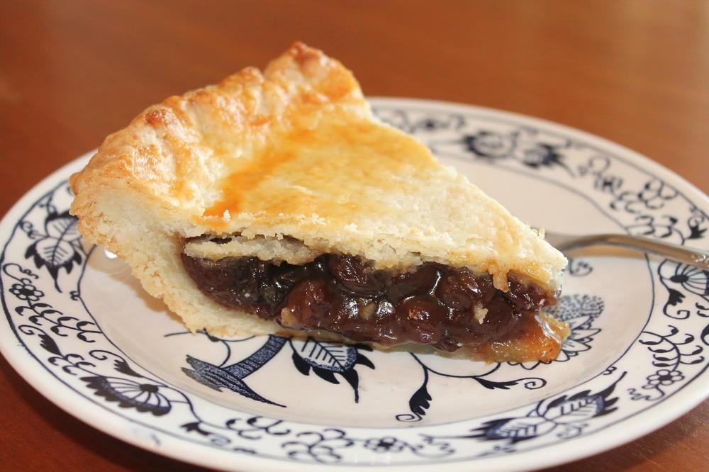 Old Fashioned Raisin Pie Thebestdessertrecipes Com
