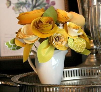 Mellow Yellow Rolled Paper Roses