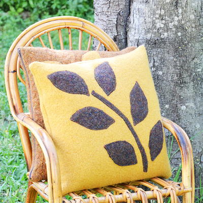 Upcycled Pillows from Felted Sweaters_1