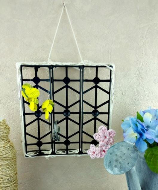 Unexpected Upcycled DIY Jewelry Holder