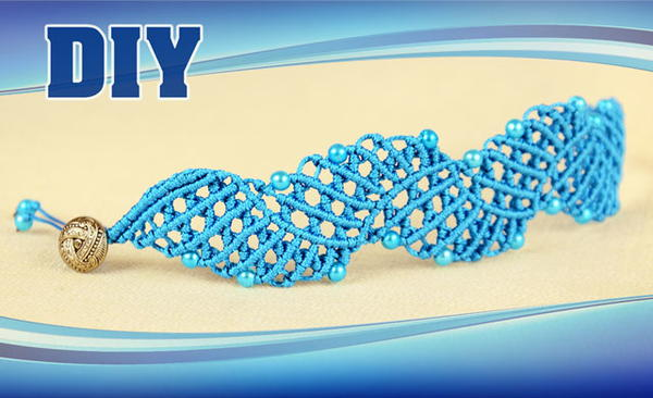 Surf's Up Macrame Bracelet