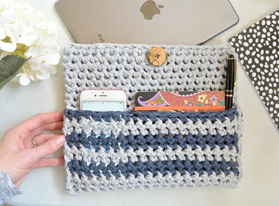 Crochet Ipad Case