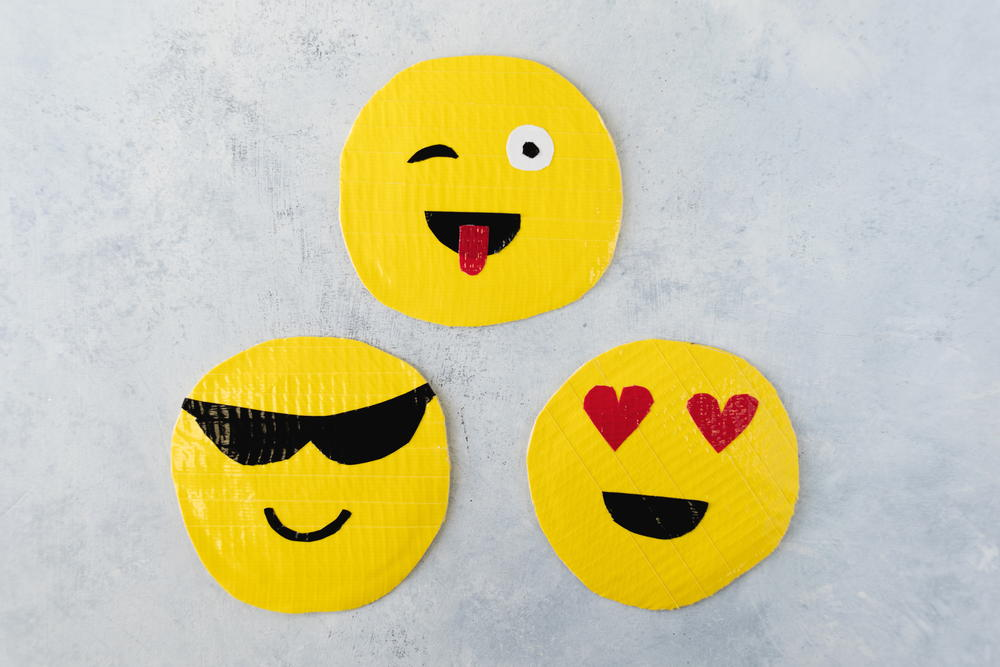Diy Emoji Duct Tape Pouch Favecrafts Com
