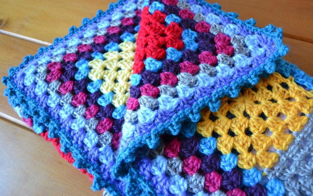 Cheerful Granny Square Baby Blanket Allfreecrochet Com