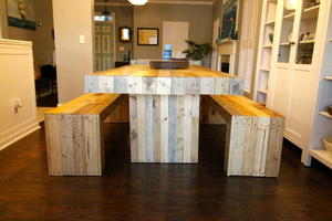 DIY Reclaimed Wood Dining Room Table | DIYIdeaCenter.com
