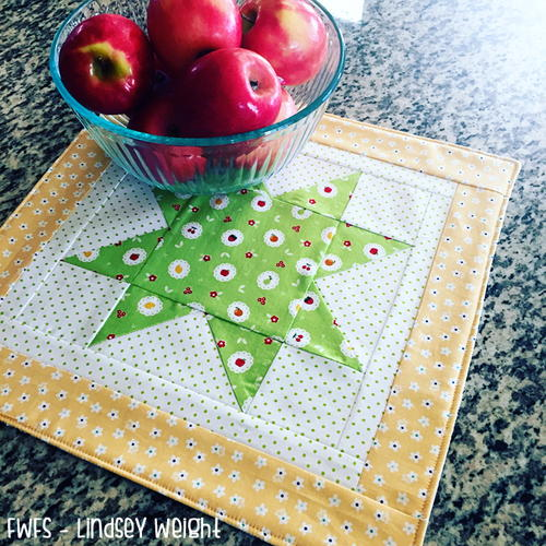 Appleseed Star Table Topper
