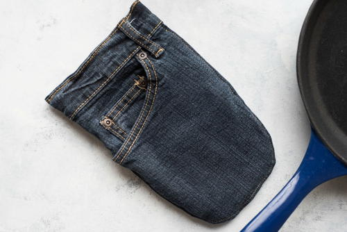 Recycled Denim DIY Oven Mitt