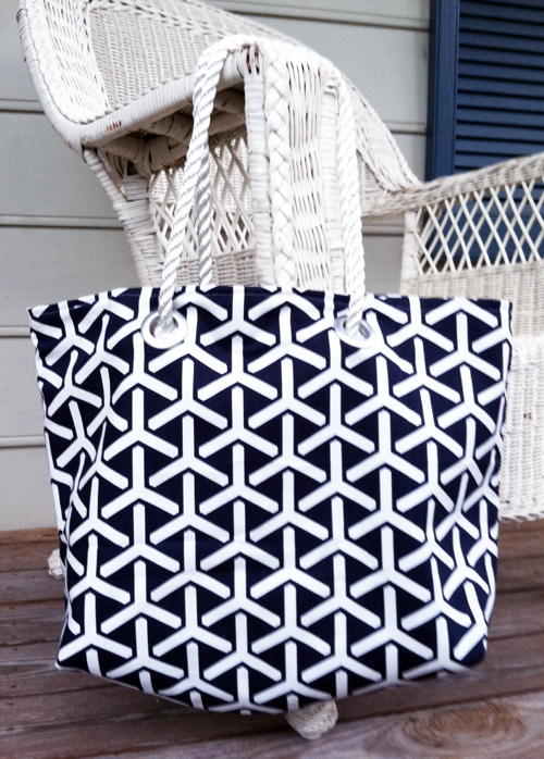 J Crew-Inspired Beach Tote Tutorial
