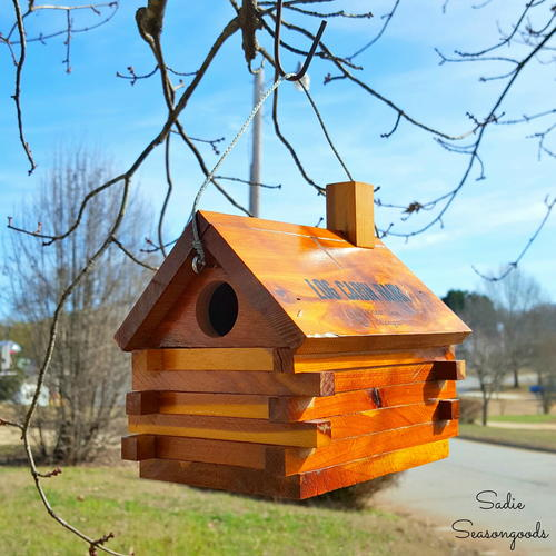 Vintage Log Cabin Birdhouse