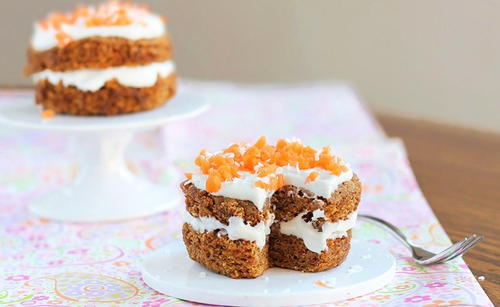 5-Minute Carrot Cake Recipe for One