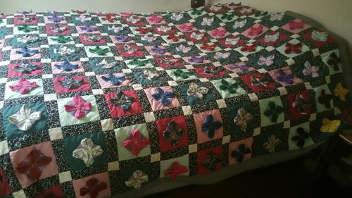 Field of Wild Flowers Bed Quilt_1