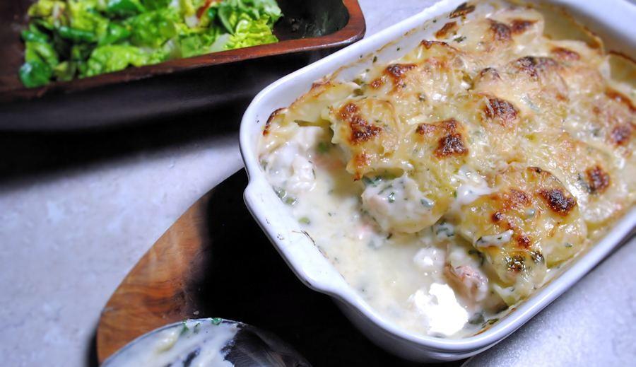 Fish Pie With Cheesy Potato Topping Recipelion Com