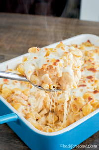 5-Ingredient Buffalo Chicken Pasta Bake